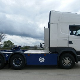 Scania side skirts